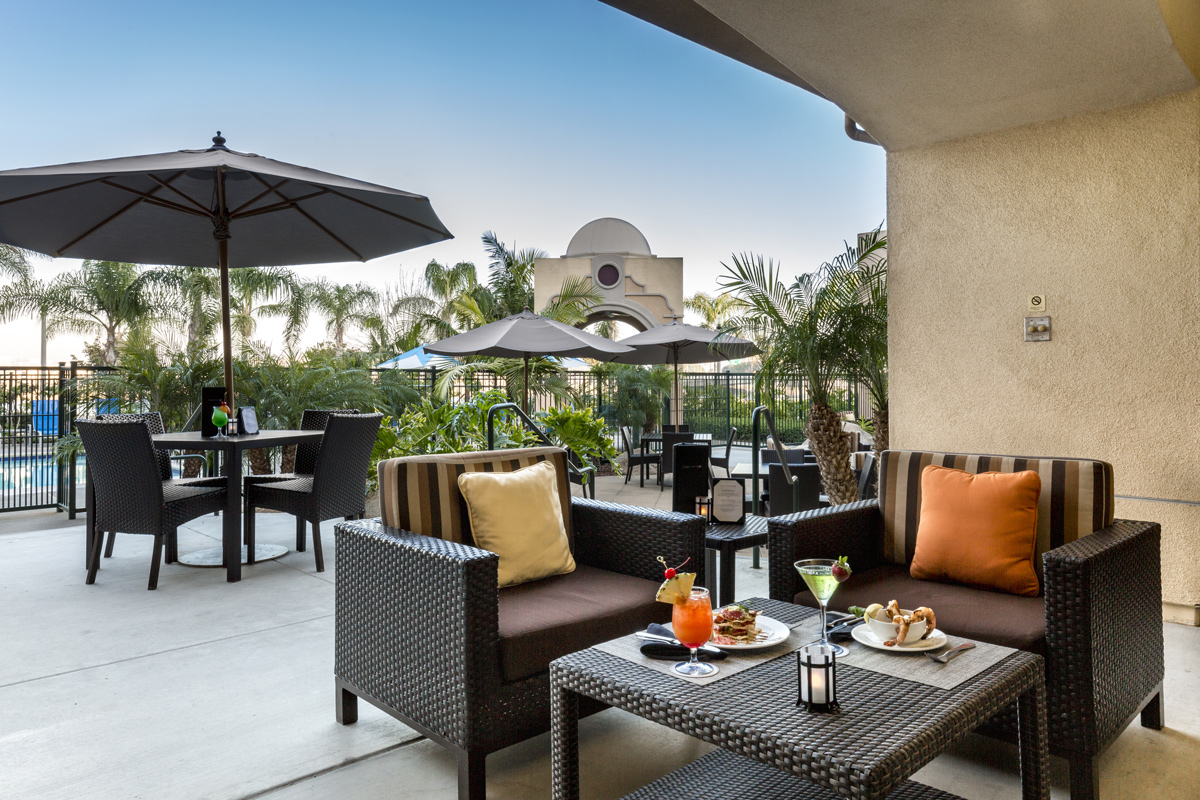 Courtyard by Marriott Liberty Station - patio